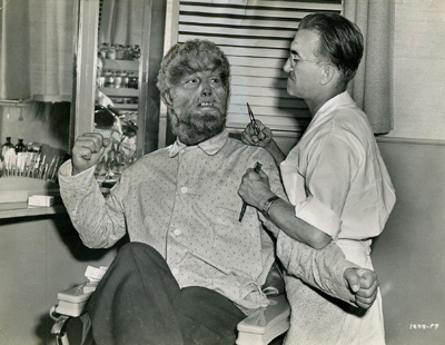 Still photograph from the 1943 film. Photo shows Lon Chaney Jr in full Wolf Man costume.